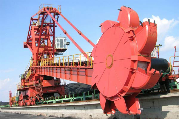 Bucket-Wheel-Stacking-Reclaiming-Machine
