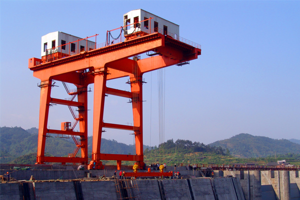 2500kn-dam-top-crane