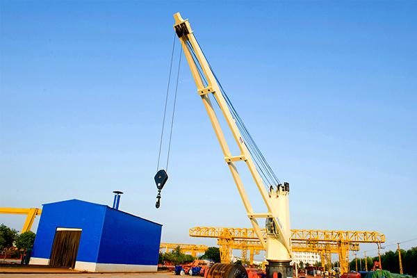 cargo-ship-deck-crane