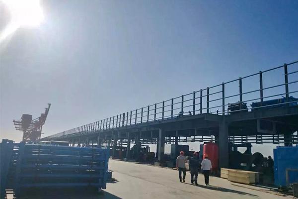 dock-conveying