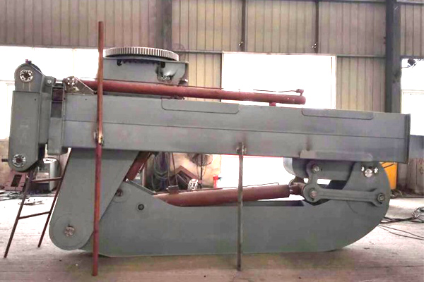 foldable-wind-turbine-maintenance-crane