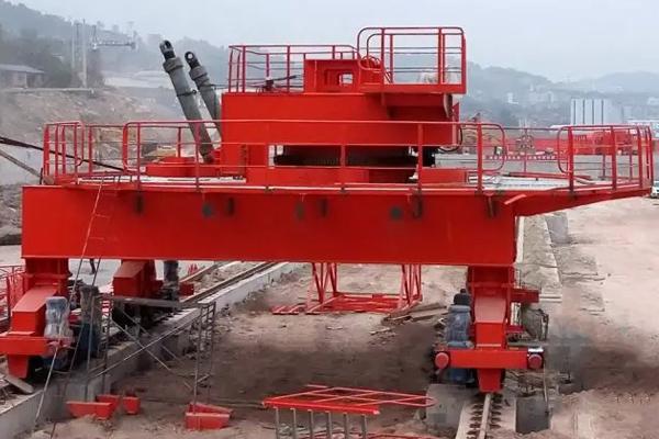 hydraulic-pitch-stacker-installation