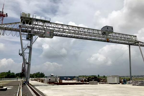 lattice-girder-gantry-crane