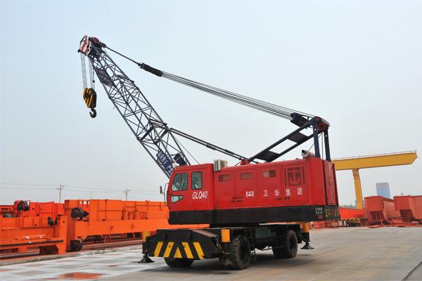 port-truck-crane