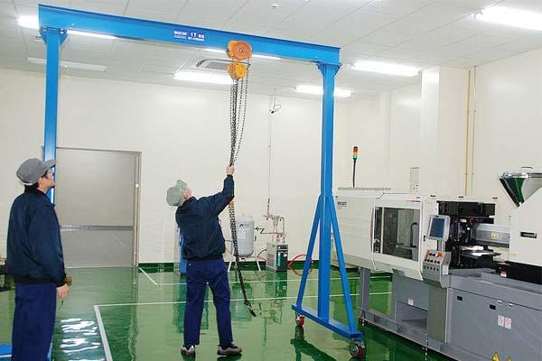 portable-light-gantry-crane
