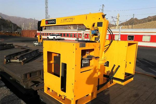 rail-track-collection-crane