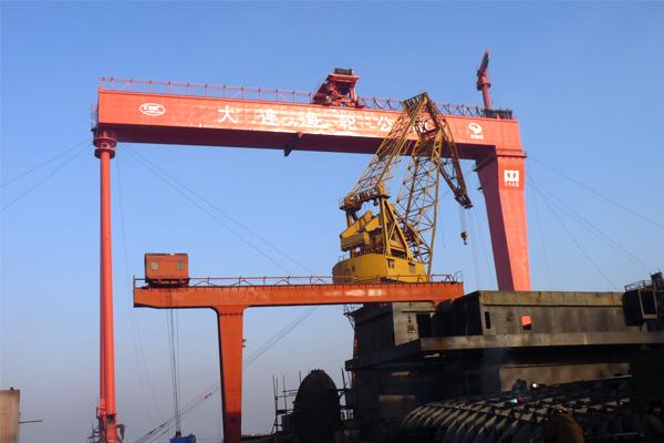 shipbuilding-crane