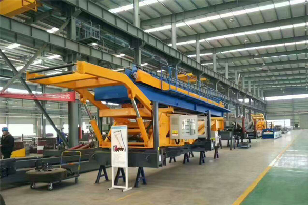 steel-sheet-profiling-crane